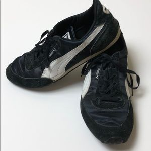 Puma black and white sneakers women's size 7 1/2